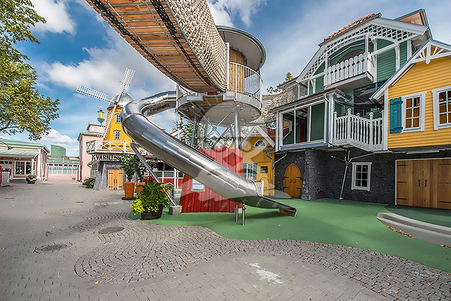 英奇利戶外游樂園玻璃鋼滑梯不銹鋼滑梯廠家定制制作YQL-D09603全封閉不銹鋼滑梯.jpg